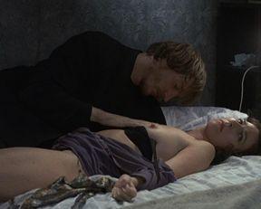 Katrin Cartlidge nude, Deborah MacLaren nude – Naked (1993)