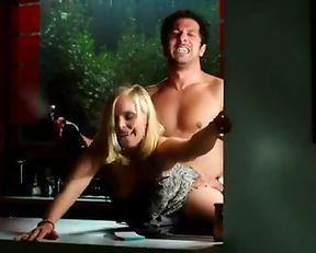 Jenny-Marie Muck nude – Irre sind mannlich (2014)