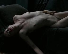 Halina Reijn nude – Isabelle (2011)