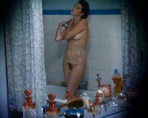Helena Noguerra nude – Mumu (2010)