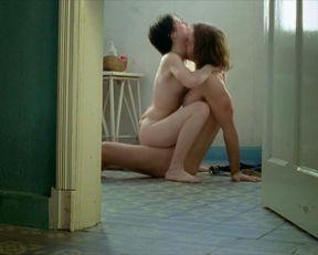 Lais Marques nude – O Signo da Cidade (2007)