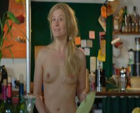 Birte Hanusrichter nude – Nichtsdestotrotz (2014)