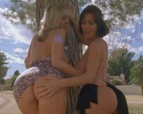 Crissy Moran nude, Jenna Velanni nude – Murder Set Pieces (2004)