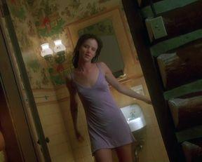 Juliette Lewis nude – Natural Born Killers (1994)