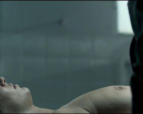 Calu Rivero, Annie Fink nude, Agustina Simonini nackt – Thesis on a Homicide (2013)