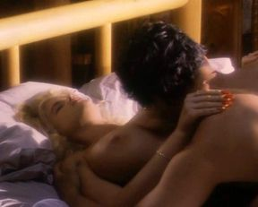 Anna Nicole Smith nude – To the Limit (1995)