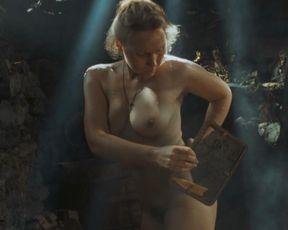 Nackt  Anastasiya Novikova Anastasiya Novikova: